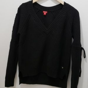 Guess Sweater Small